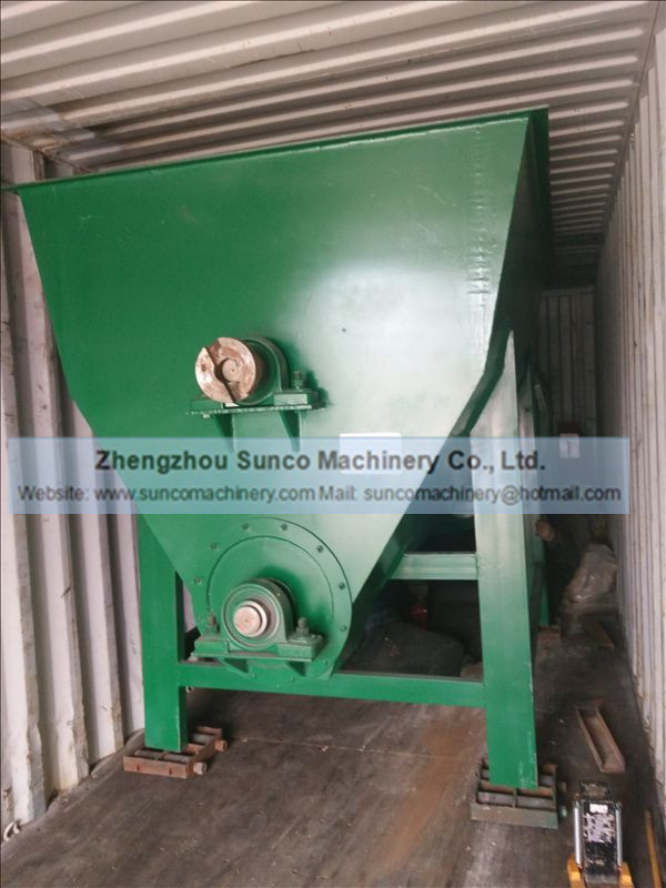 Mechanical Feeding Hopper of the the chicken manure drying line